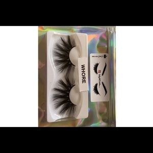 """Whore"" mink lashes"